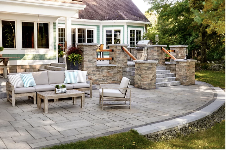 Outdoor patio oasis, with sitting area and multi ambiances