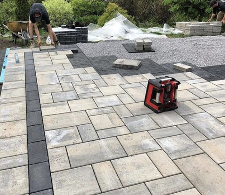 Beautiful and warrantied stone landscapes completed using Gator Base foam technology.